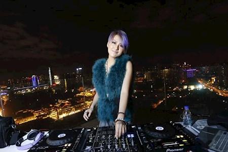 年会节目 | DJ