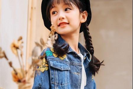童模网红-裴佳欣