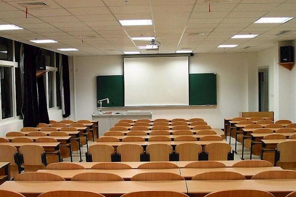 需要找龙岗150人课室